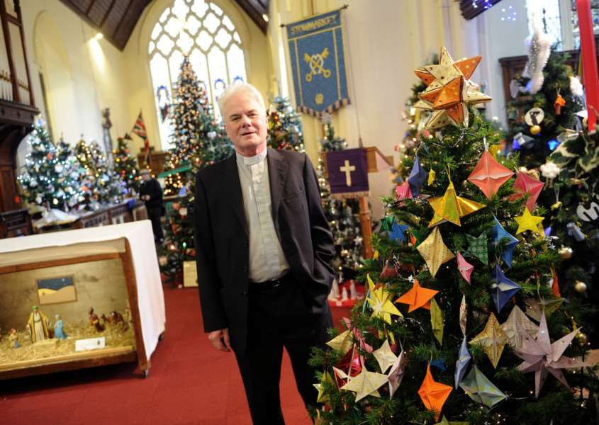 Christmas Tree festival at St Peter and St Marys Church Stowmarket''Pictured: Reverend Michael Eden ANL-161128-081354009