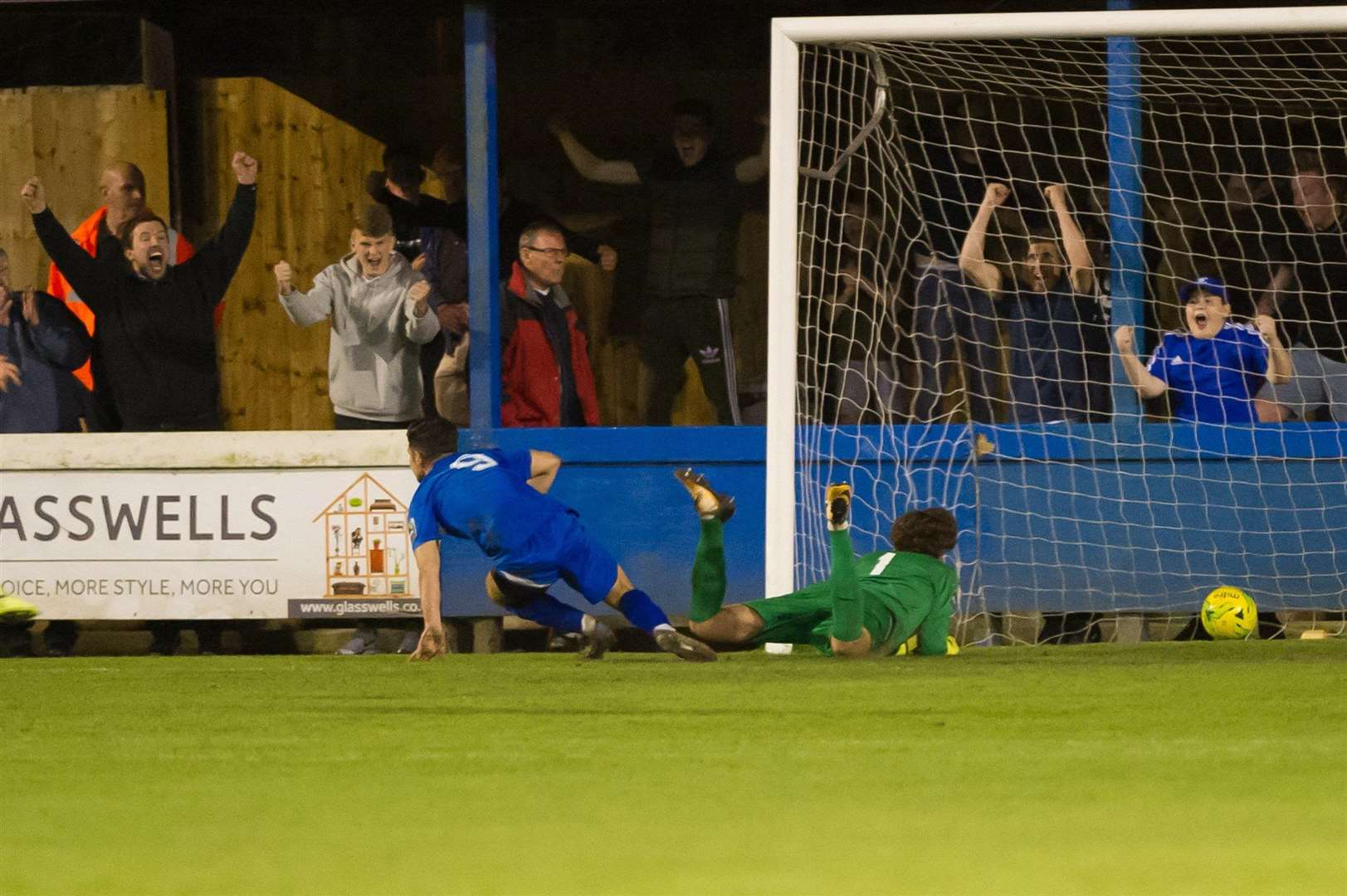 FOOTBALL - Bury Town v AFC Sudbury..Pictured: Cemal Ramadan scores. (5227025)