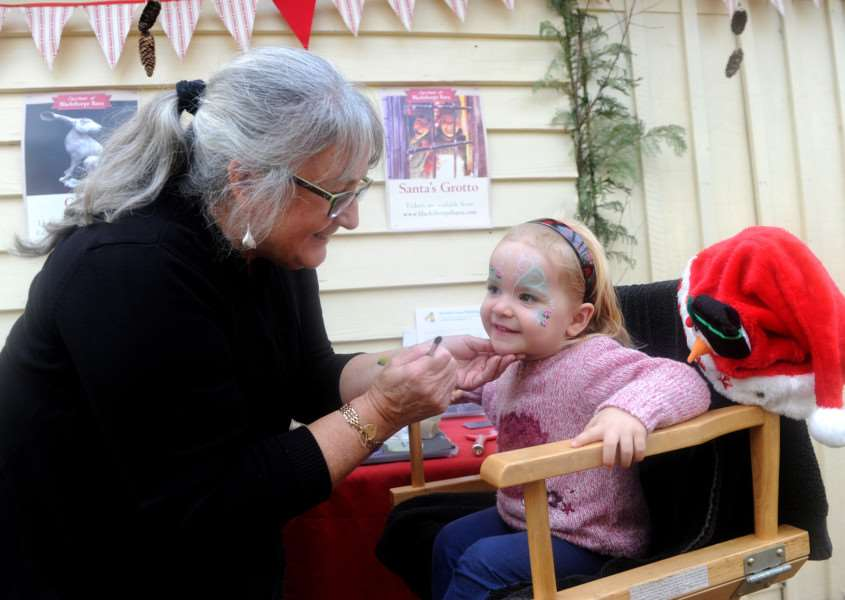 Face painting with Pauline White and Millie Crawford (2)