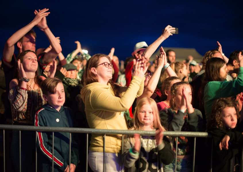 The crowd at LeeStock on Sunday night. Photo by Allison Burke Photography.