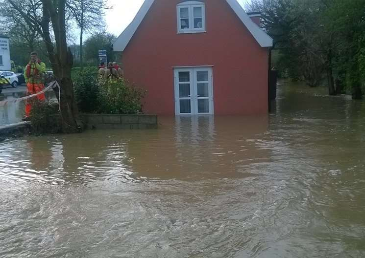 The flooded cottage - photo by Ian Smith