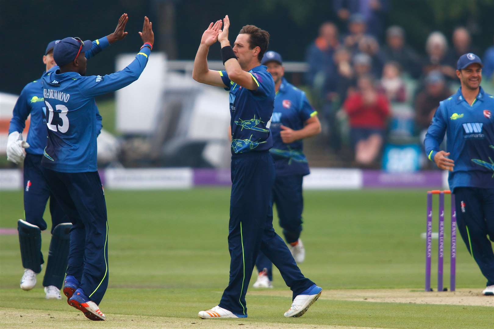 RLODC 2018..Kent Spitfires (Bowling) v Somerset (Batting) Matt Henry celebrates removing Johann Myburgh..Kent Cricket Club, Spitfire St Lawrence, Canterbury. CT1 3NZ.Picture: Andy Jones. (34743877)