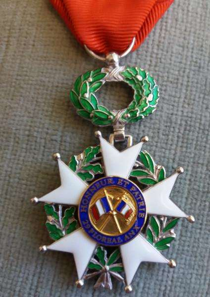 Ernest Butler's Chevalier of the Ordre national de la L�gion d'honneur (French Legion of Honour)