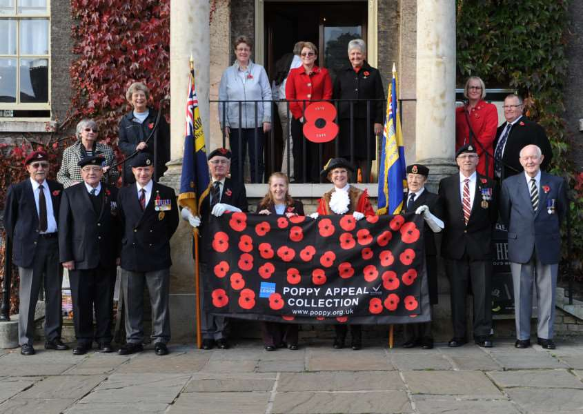 Launch of the Bury St Edmunds Poppy Appeal ANL-161031-081719009