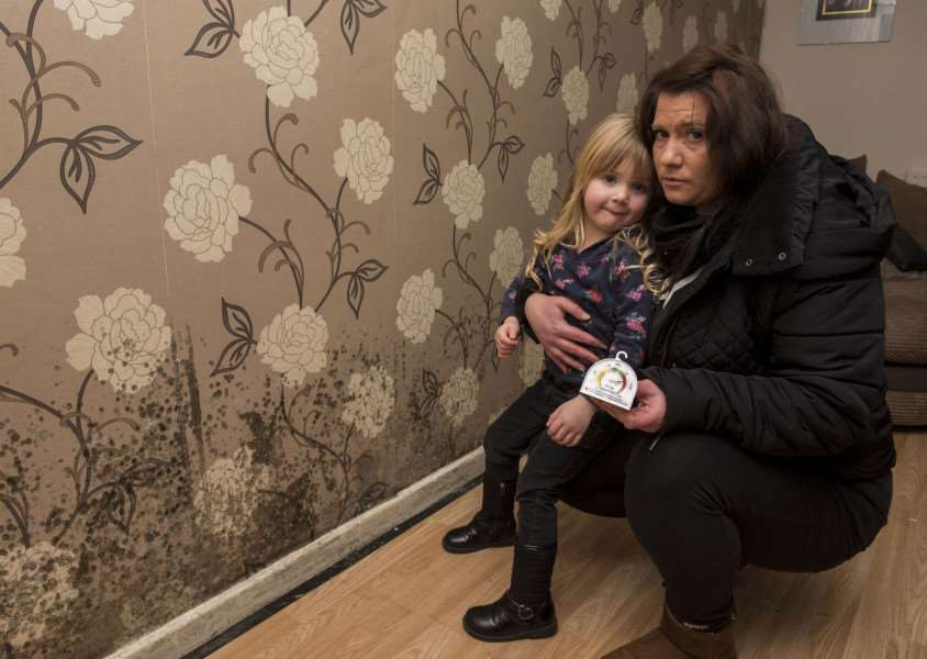 HOUSE COVERED IN MOULD SUDBURY'Nelson rd'Jennie Wiltshire with her niece Chantelle who have a problem with mould all over the house. The children both under 5 are constantly ill and they say Babergh council are refusing to do anything about it.'Picture Mark Westley ANL-161213-172730009