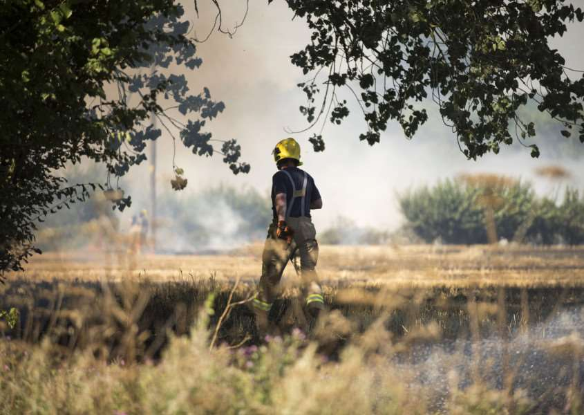 Stubble field fire Water Lane Little Whelnetham near Bury Road'Picture Mark Westley ANL-160823-145455009