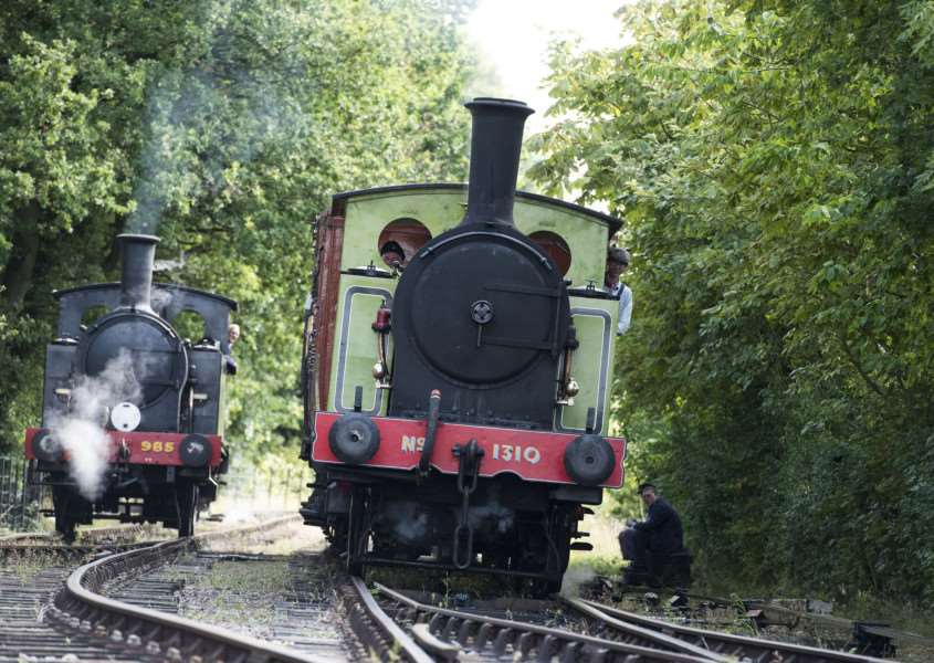 Two veteran engines take to the tracks