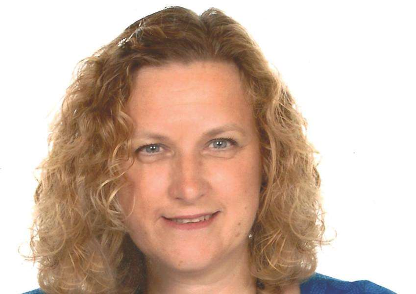 Jackie Smith ANL-151216-124528001