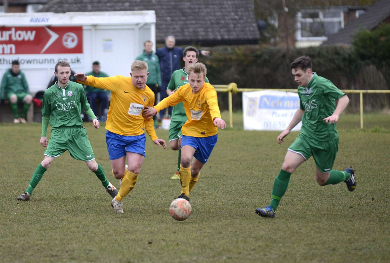 Mark Westley Photography.FOOTBALL.Newmarket Town v Gorleston. Steven Holder and Ollie Snaith. (32852837)