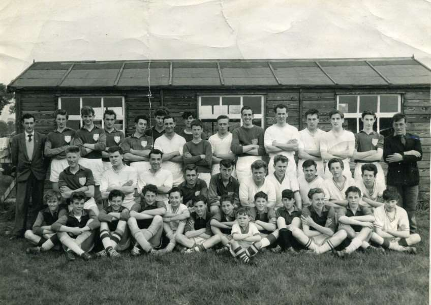 Northbury FC in the 1960's outside their pavilion. ANL-161230-123528003