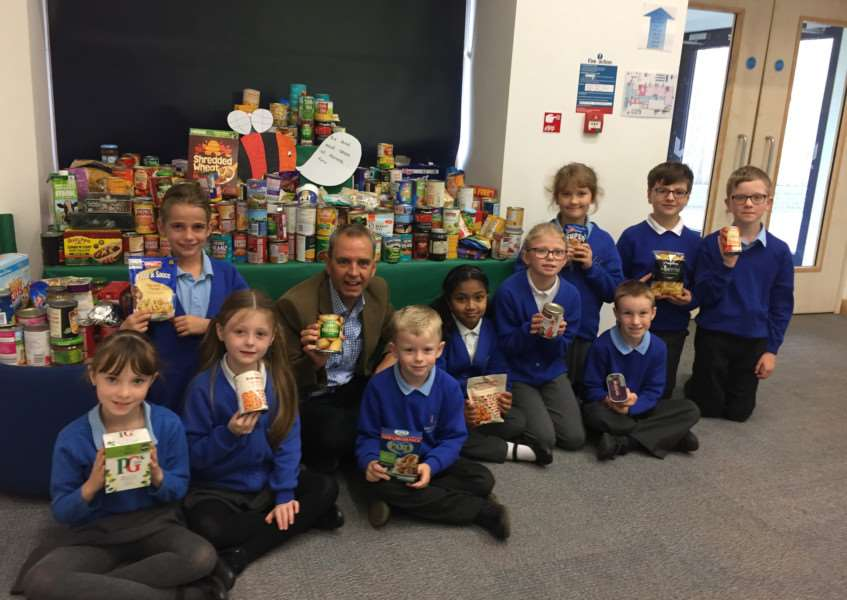 Westfield Primary Academy School's Harvest Festival with Henry Wilson, of Haverhill Foodbank ANL-161020-115858001