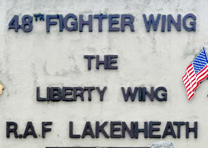 RAF Lakenheath sign ANL-160622-174608001