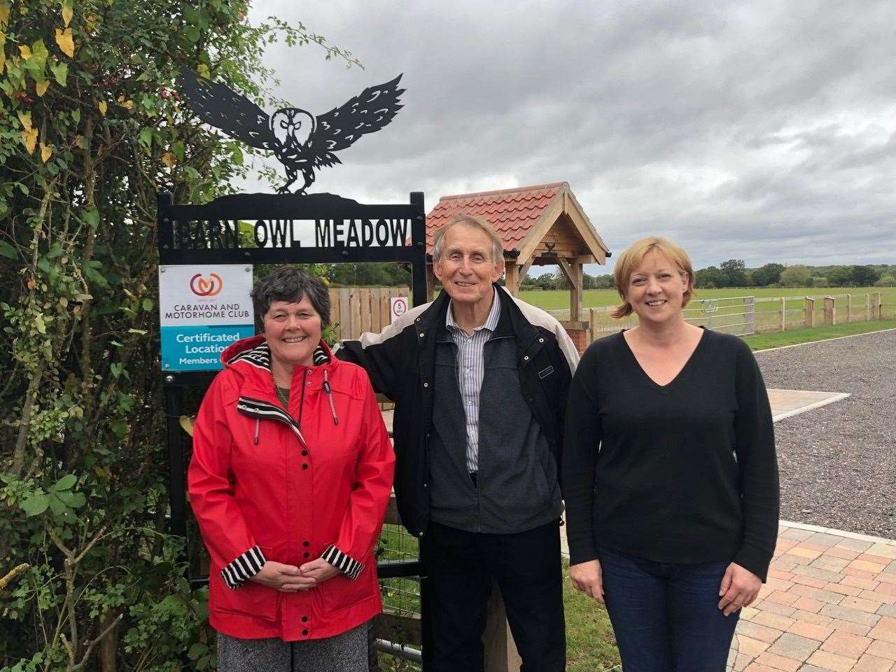 Pauline and Roger Dixon with their daughter Shelly at Barn Owl Meadow (22499799)