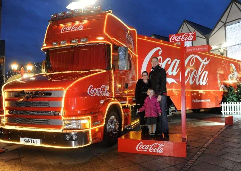 The Coca-Cola truck arrives helped boost Bury's footfall ANL-151012-181218009