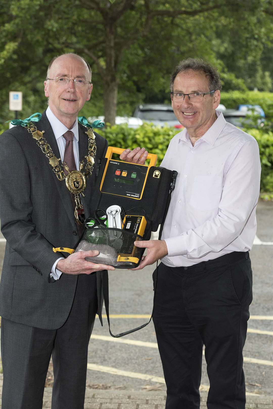 SUDBURY.Kingfisher Leisure Centre, Station Road, Sudbury.Sudbury mayor Robert Spivey has backed a campaign by local resident Andy Read, who survived a cardiac arrest in 2018, to increase the number of 24/7 community defibrillators around the town. Picture Mark Westley. (12600335)