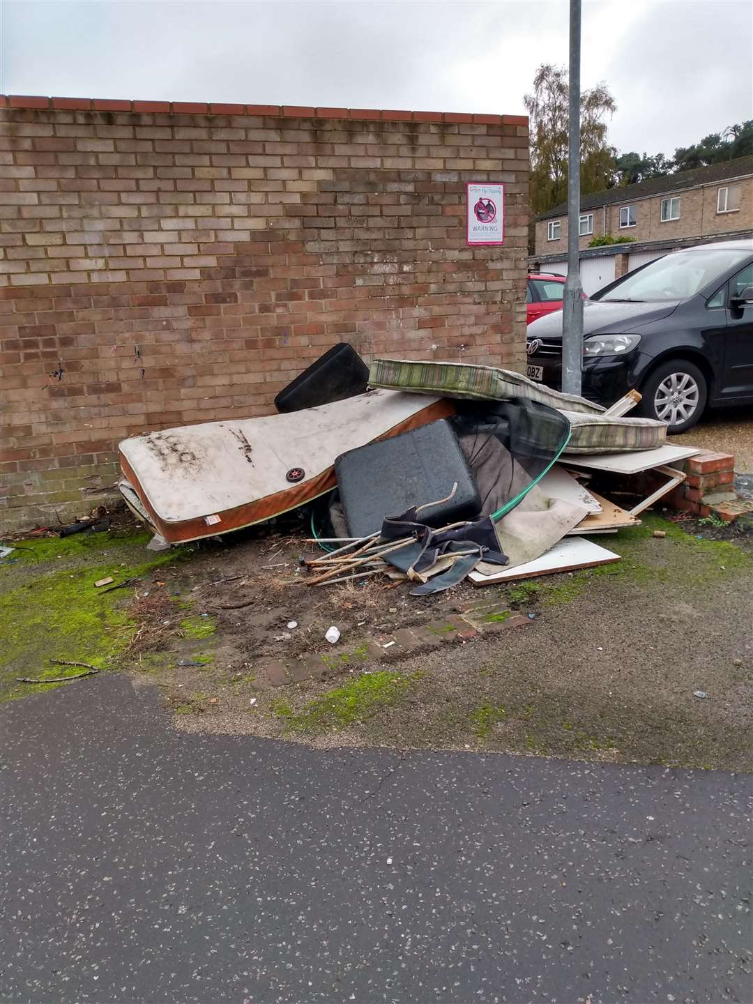 The individual was given a £445 fixed penalty notice for the fly-tip.