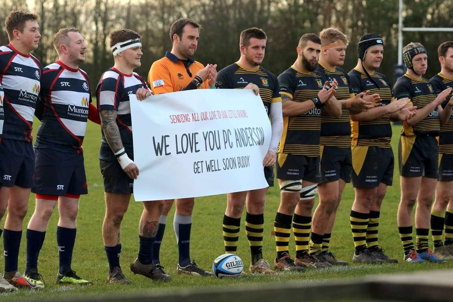 Stowmarket Rugby hold a round of applause for Graeme Anderson