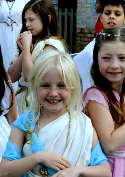 Ancient Greece experience for Key Stage 2 pupils at Hardwick Primary School in Bury St Edmunds.'Tiggy Galvin-Whyte ANL-151019-101348009