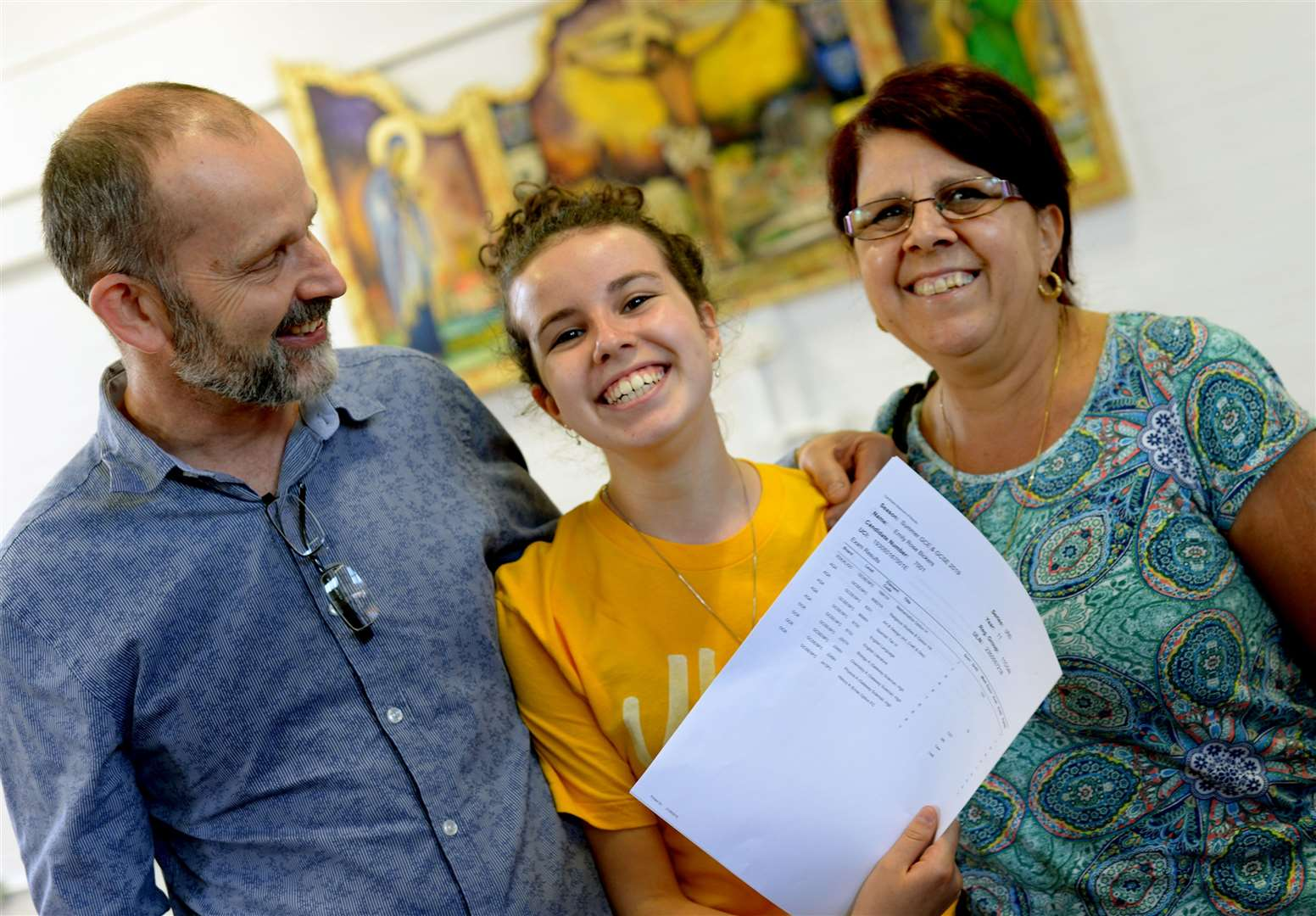 Students at St Benedicts RC Upper School receive their GCSE results.Emily Bicker with parents Phil and AnnaPICTURE: Andy Abbott (15600475)