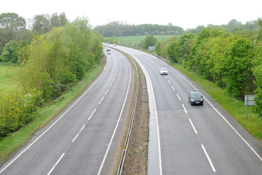 A14 near Woolpit - looking Westbound towards Bury St Edmunds ANL-160518-150143009