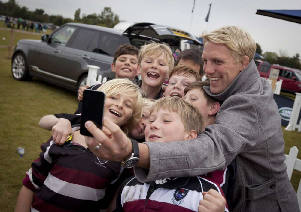 CELEBRITY SELFIE! Lewis Moody is helping to find World Cup mascots