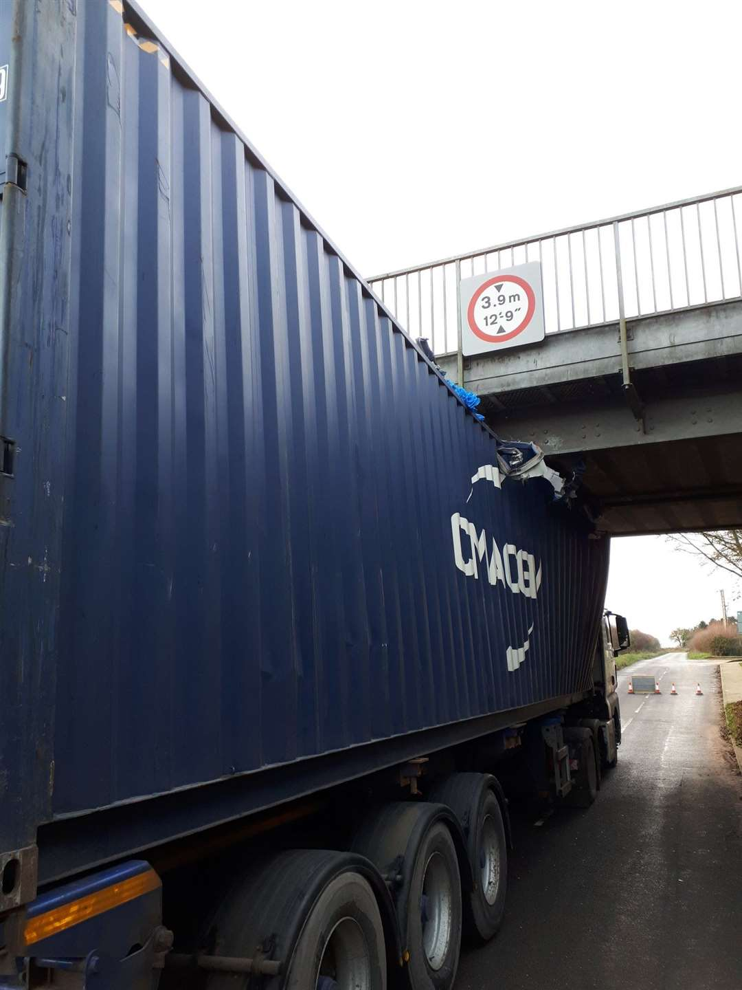 A lorry hitting a bridge has caused disruption to commuters Picture: Suffolk Police (26384395)