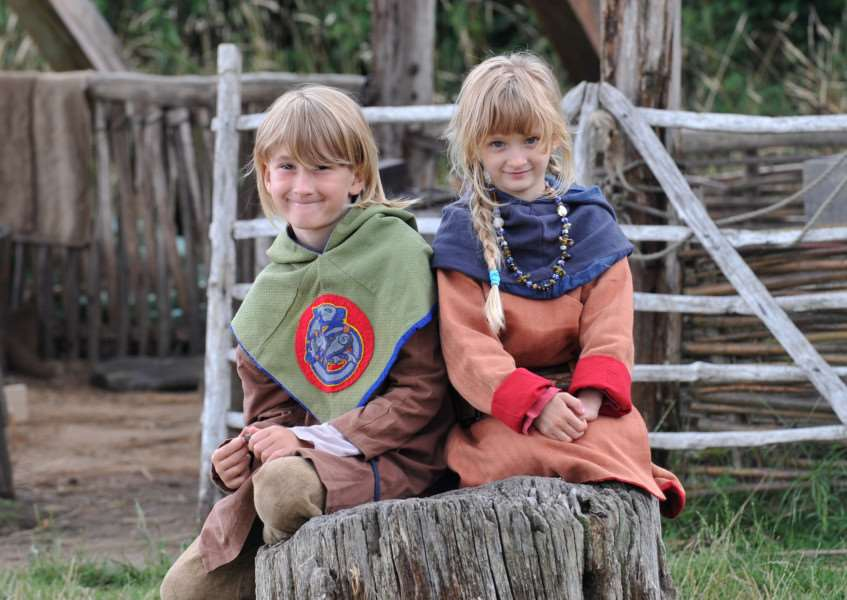 Celebrating 50 years of West Stow''Pictured: Franciszek (9) and Gabriela (6) Teliczan spending the day as Anglo Saxon children ANL-150726-180448009