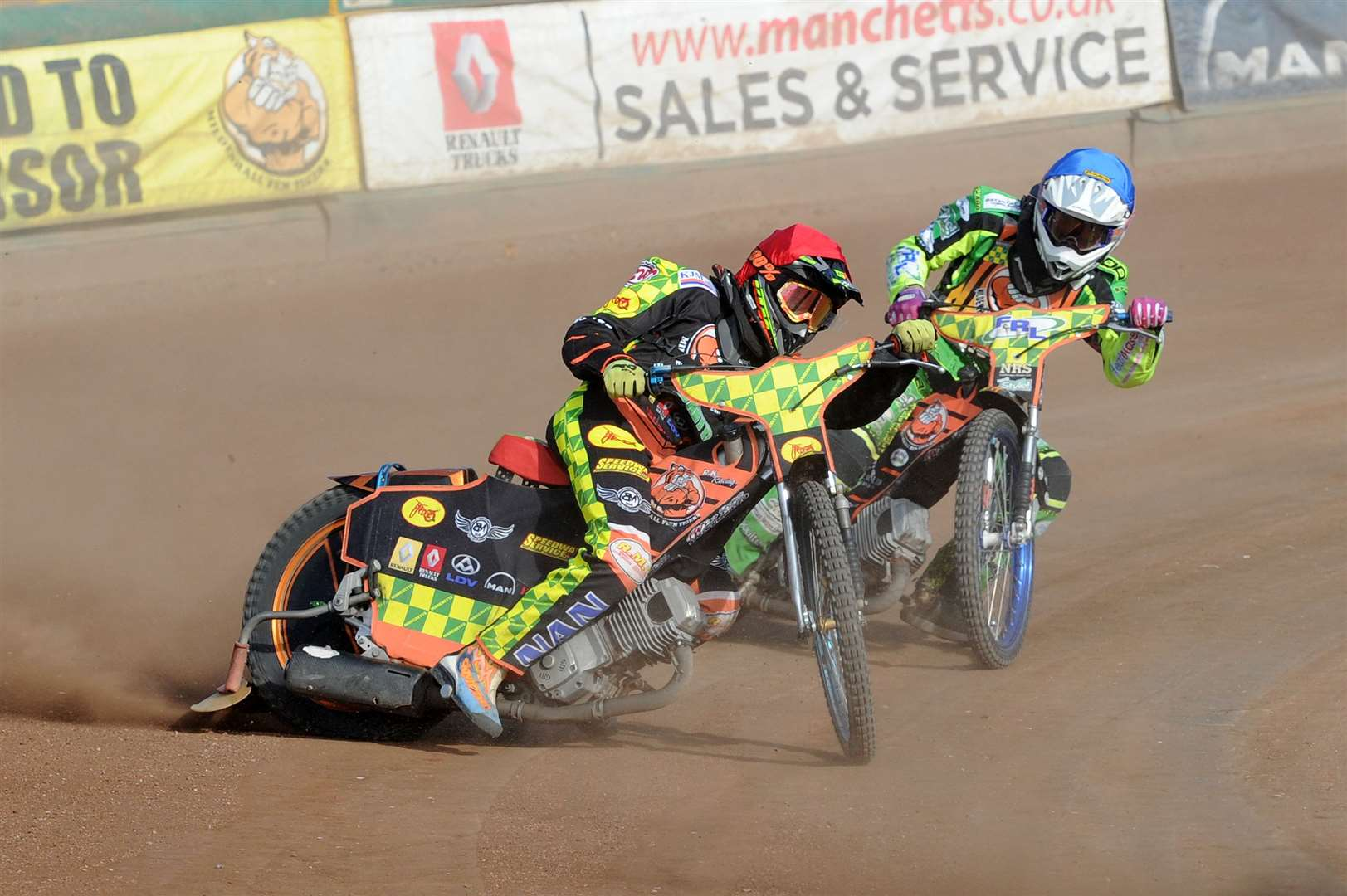 SPEEDWAY -Mildenhall Fen Tigers' National Trophy Final 2nd leg ..Pictured: Ryan Kingsley (red) and Sam Bebee (blue)...PICTURE: Mecha Morton... .. (4193362)