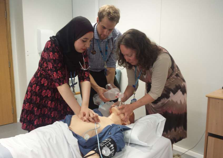 Medical students treat the Sim Man at West SuffolK Hospital ANL-150429-105056001