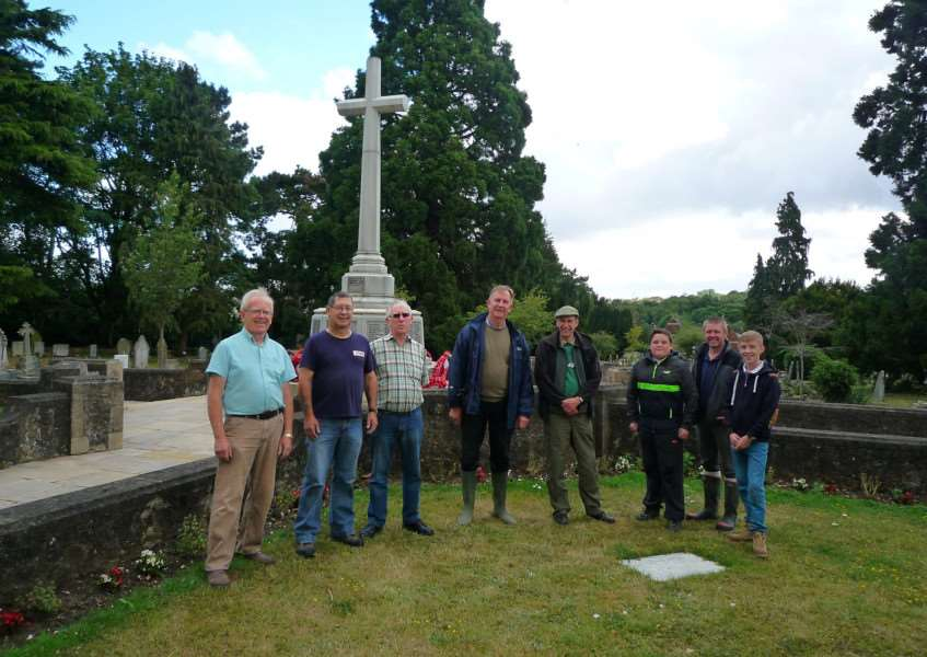 Members of the working party in Haverhill Cemetery, from left: Alan Bumpstead, Alan Yates, John Brock, Bryan Mills, warrant officer Chris Wilshire, cadet Callum Hitchings, Mike Smith, cadet Jake Smith. ANL-151008-140737001