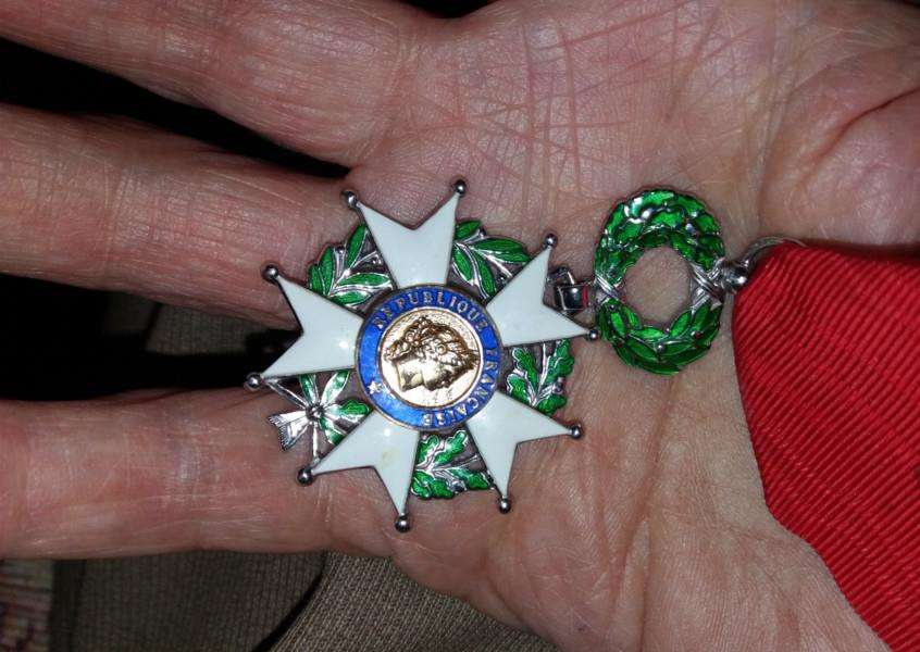 Ernest Butler's Chevalier of the Ordre national de la L�gion d'honneur (French Legion of Honour) medal front