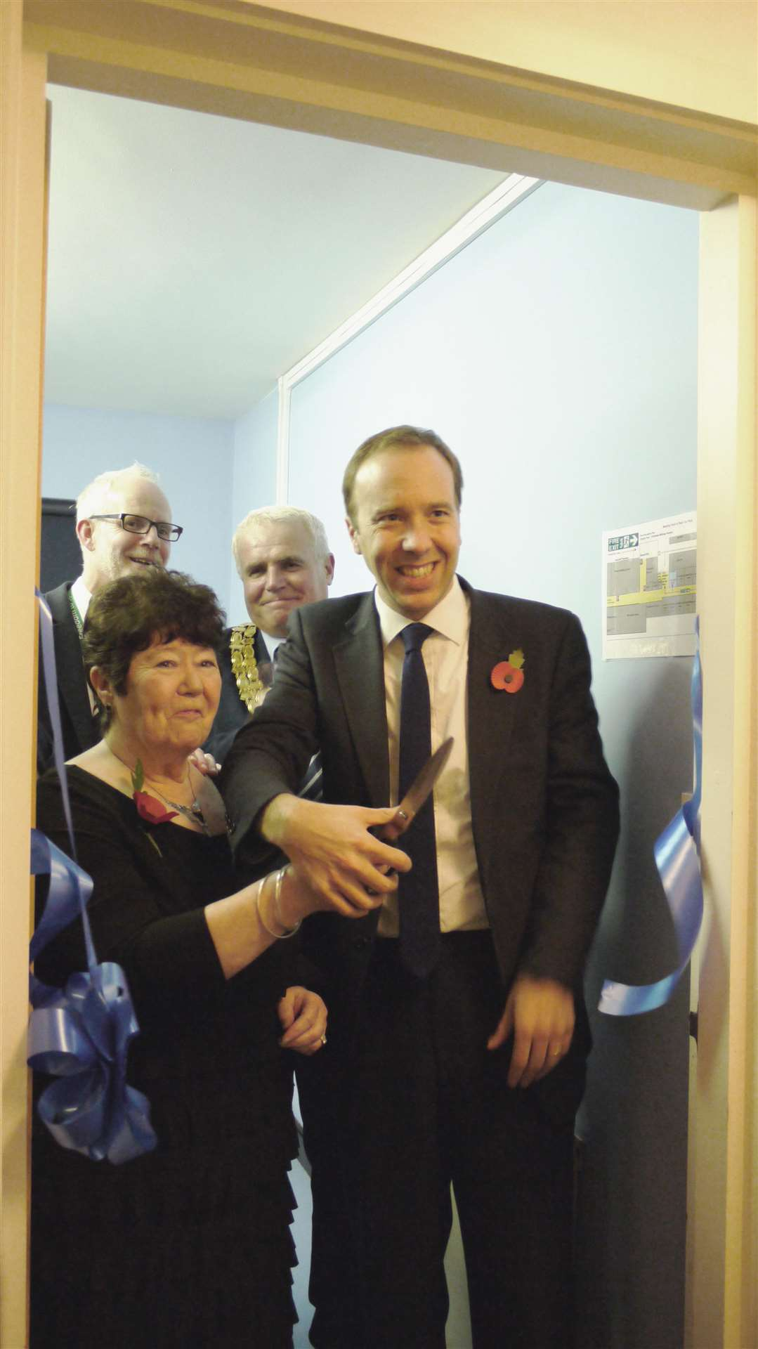 Betty McLatchy and Matt Hancock MP cut the ribbon to declare the new ultrasound open in Haverhill (5282472)