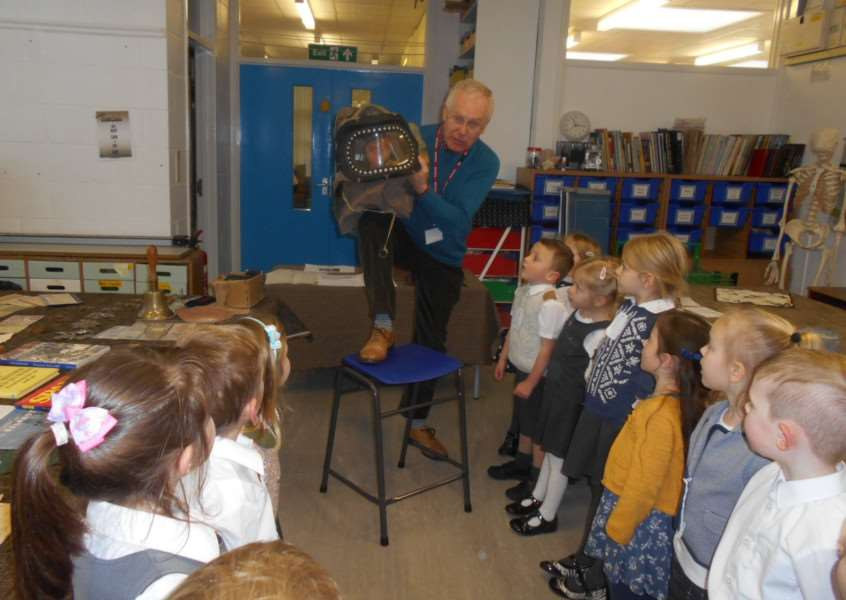 Pupils at Pot Kiln Primary School got to see Second World War artefacts.