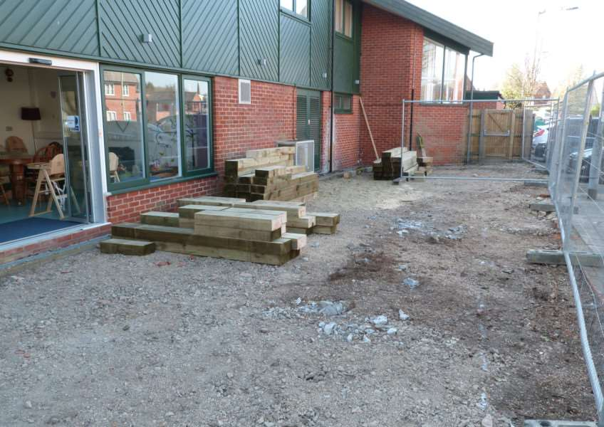 Work begins on St Nicholas Hospice Care's Garden for Life ANL-150430-114455001