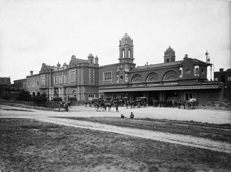 Bury St Edmunds rail station in the 1890s (9893375)