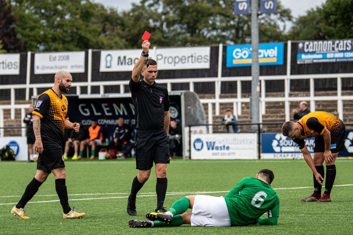 BROMLEY, UK - SEPTEMBER 22: The Emirates FA Cup Second Round Qualifier match between Cray Wanderers and Soham Town Rangers at Hayes Lane on September 22, 2019 in Bromley, UK.(Photo: Jon Hilliger) (17230107)