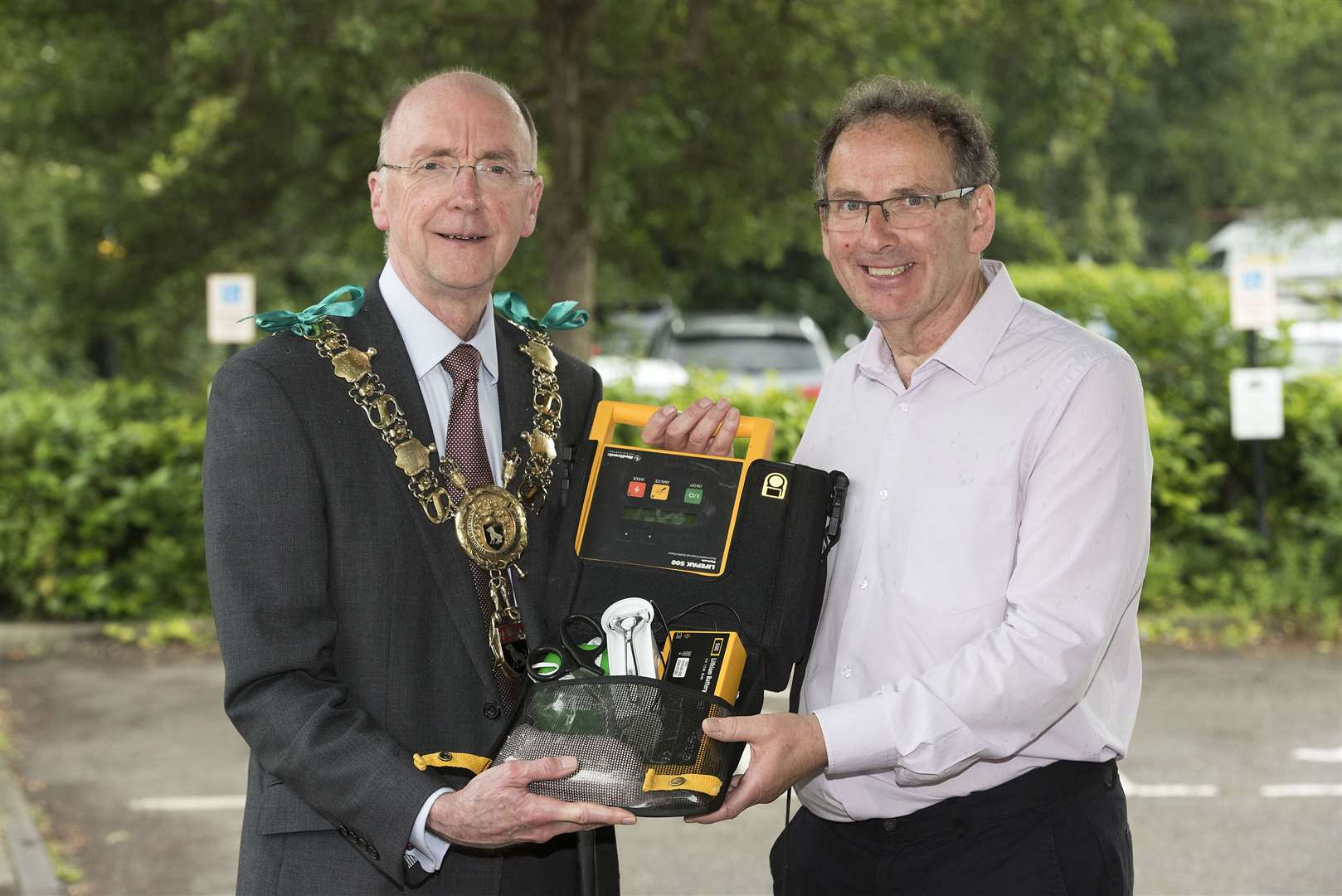SUDBURY.Kingfisher Leisure Centre, Station Road, Sudbury.Sudbury mayor Robert Spivey has backed a campaign by local resident Andy Read, who survived a cardiac arrest in 2018, to increase the number of 24/7 community defibrillators around the town. Picture Mark Westley. (12600334)