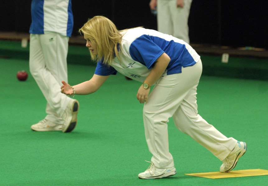 150079-08 MY champions bowls'EIBA Champion of champions Semi Finals, Lakeside Coastal Village, Hayling Island.'Katherine Rednall (the youngest world ladies champion when she was 17) bowls in the semi's.'Pic Mick Young'01/02/2015 PPP-150102-124132006