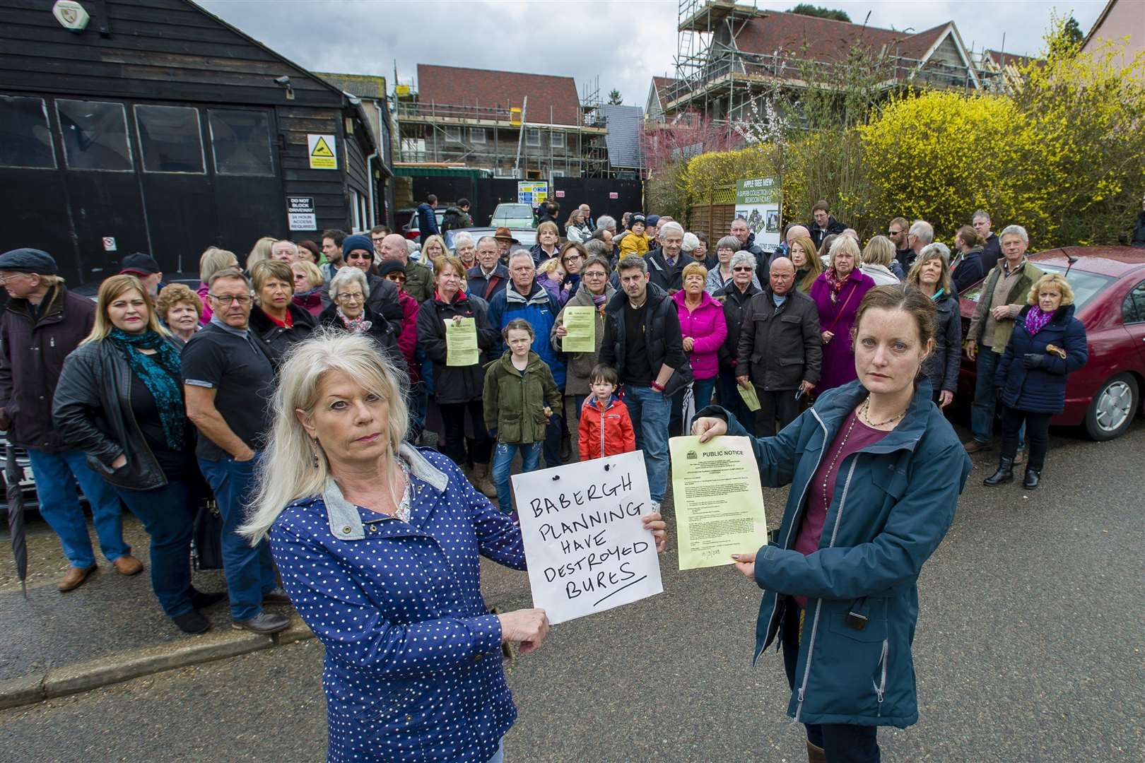 Bures, Suffolk. Residents protesting about a housing development on Cuckoo Hill where they live which are subject to a further planning application. Pictured are Carol Walters and Clare Frewin. ..Picture: Mark Bullimore Photography. (15860629)