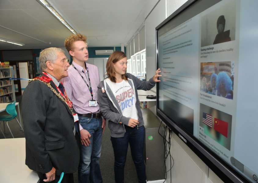 Official opening of the new 6th Form Ormiston Sudbury Academy by Mayor Jack Owen''Pictured: Mayor Jack Owen with Head Boy Darrell Barnard-Jones and Head Girl Sophie Pink with a new interactive touch screen ANL-150922-133734009