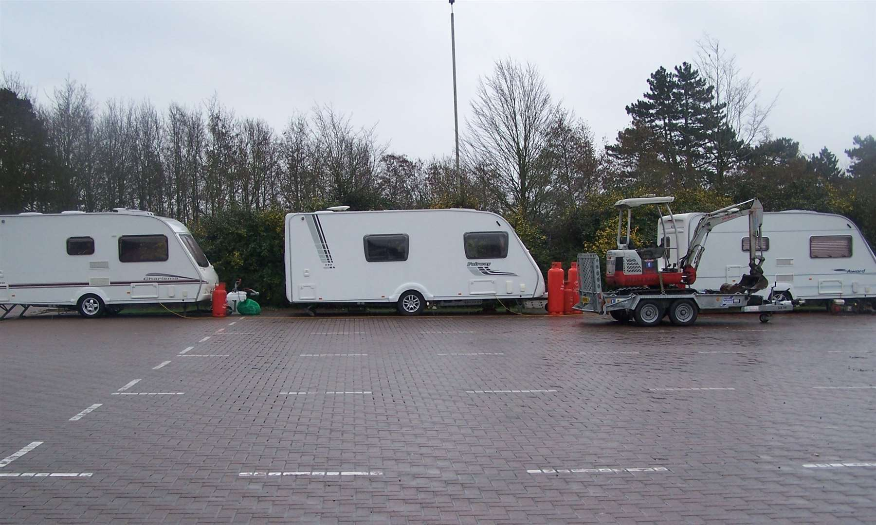 Traveller caravans at Rougham Hill lorry park