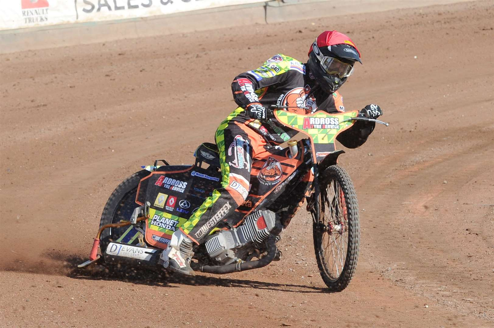SPEEDWAY -Mildenhall Fen Tigers' National Trophy Final 2nd leg ..Pictured: Matt Marson (red)...PICTURE: Mecha Morton.. .. (9456885)