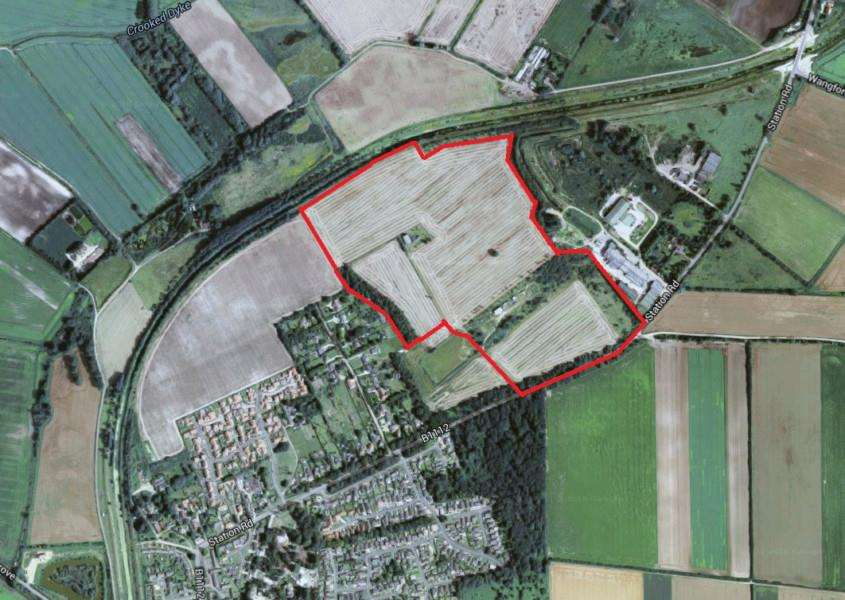 The site on station road where 375 homes and a new school are planned'[Googlemaps]