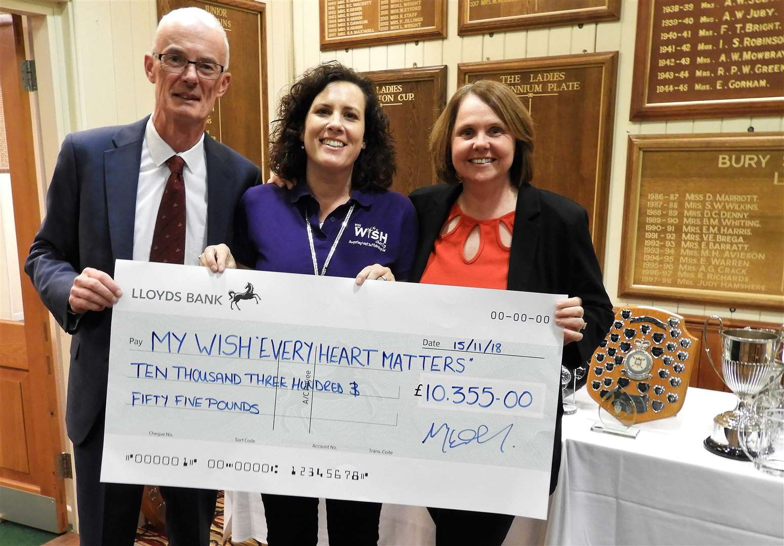 Bury GC Captains Hannah Clark & Ray Coleman presenting a cheque to Sally Daniels from My Wish charity - photo Sandra Stannard (5568604)
