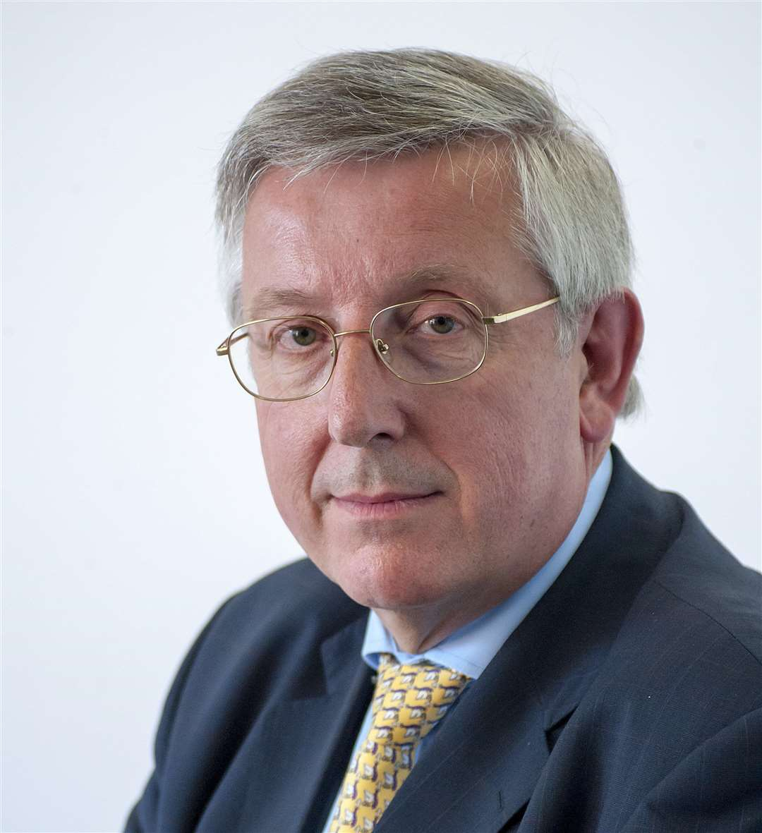 Cllr Gordon Jones, cabinet member for children's services,education and skills. (7554047)