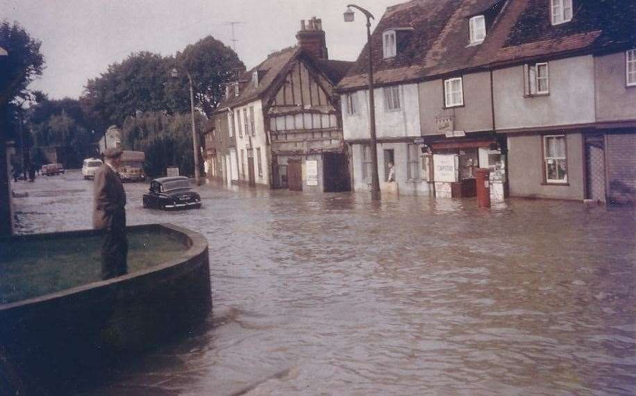 Flooding of 1968 - Eastgate Street, Bury St Edmunds. Photograph by Grenville Wilson. (40723679)