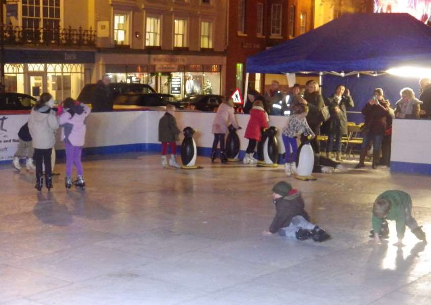 TOUGHER THAN IT LOOKS: Youngsters enjoy the ice rink at Sudbury's Christmas Fair ANL-151130-171332001