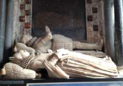 Monument to Sir Stephen Soame and his wife at St Peter's church in Little Thurlow ANL-150223-103632001