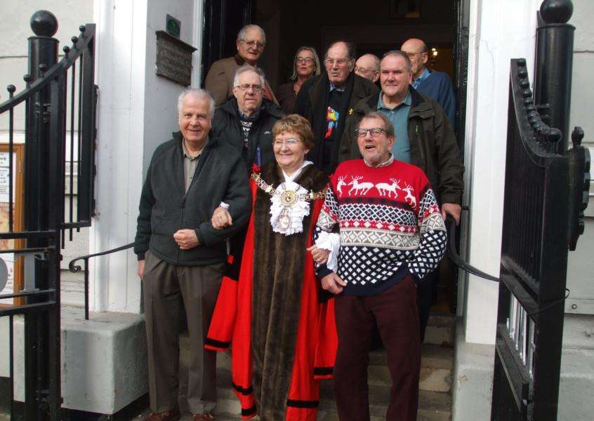 Sudbury mayor Sue Ayres with the recipients of clothing vouchers as part of the town's centuries old Christmas Day tradition ANL-161230-114707001