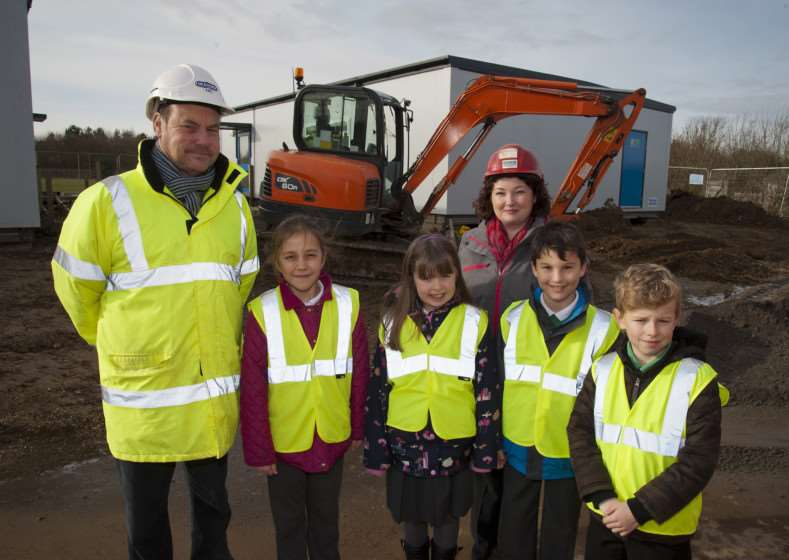 Mark Westley Photography'New class room buildings at Abbots Green Primary School, Y4 pupils Charlotte Steele, Harry Plumbridge, Emily Wells and Charlie Byford with Heidi Franklin Headteacher and site manager Geoffrey Fordham. ANL-150302-074941009